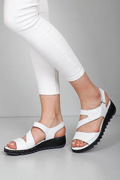 G.Ö.N Kadın Beyaz Hakiki Deri Sandalet 45508
