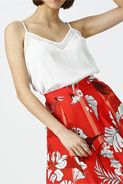 RANDOM Kadın Kırık Beyaz Yakası Detaylı V Yaka Askılı Bluz