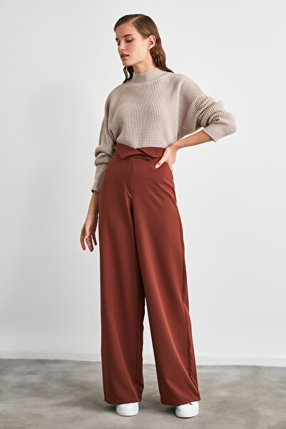 TRENDYOLMİLLA Kahverengi Basic Pantolon TWOAW21PL0849