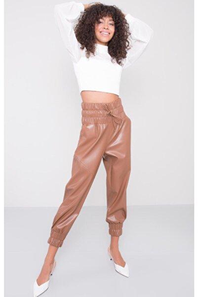 BSL Kadın Taba Kemer Lastik Detaylı Suni Deri Jogger Pantolon