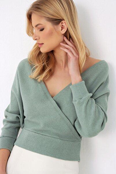 Trend Alaçatı Stili Kadın Çağla Yeşili Ön Arka V Yaka Kruvaze Bluz ALC-019-053-BLZ