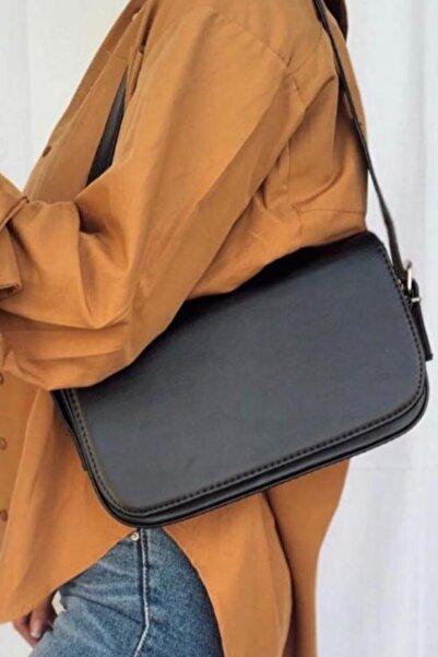 Otto Kadın Siyah Kapaklı Baget Çanta Moly