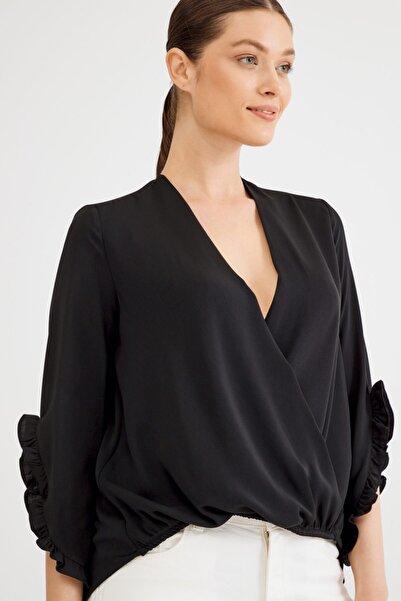 Love My Body Kadın Siyah V Yaka Bluz