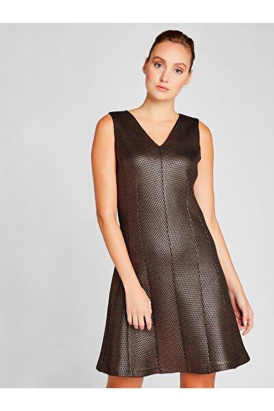 Vekem Kadın Siyah Altın Rengi Kolsuz Mini Elbise 8209-0153