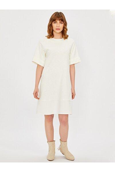 Vekem Kadın Bej Sıfır Yaka Rahat Kesim Elbise