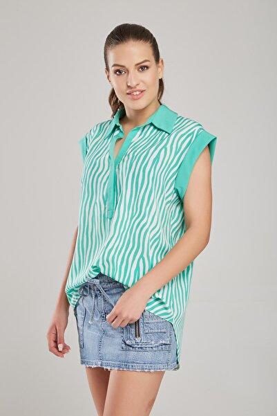 Laranor Kadın Yeşil Beyaz Çizgili Bluz