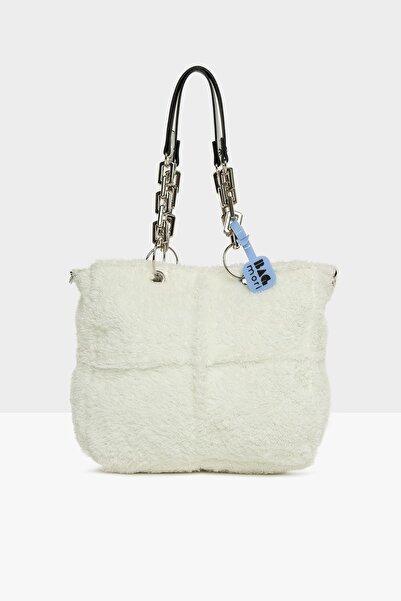 Bagmori Kadın Beyaz Plastik Zincirli Tüylü Çanta M000005311