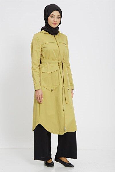 Nihan Kadın Sarı Fermuarlı Kapüşonlu Trençkot
