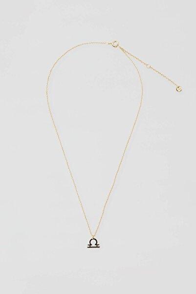 Pull & Bear Kadın Altın Rengi Metal Terazi Burcu Kolye 04991321