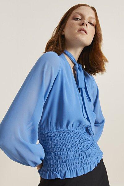 adL Kadın Mavi Kroşetalı Yakası Fularlı Bluz