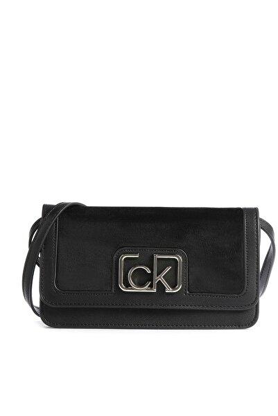 Calvin Klein Kadın Siyah Logo Baskılı Çanta K60k607118