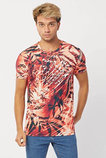 Karpefingo Erkek Dijital Pano Baskılı Kırmızı T-Shirt
