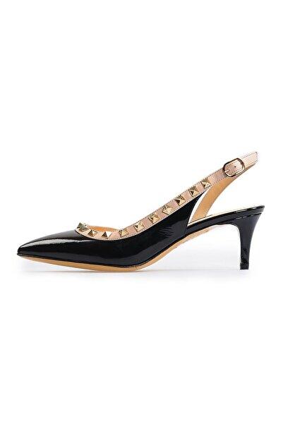 Flower Kadın Siyah Pim Detaylı Topuklu Sandalet