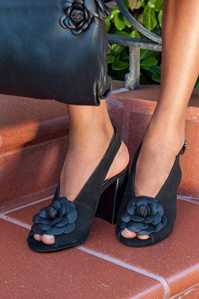 Desa Hakiki Deri Siyah Kadın Sandalet 2010042716