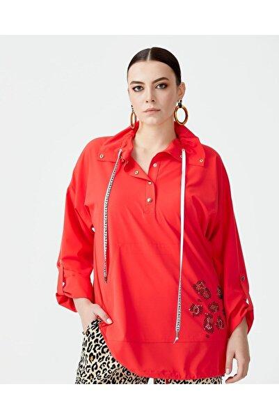 SEÇİL Kadın Kırmızı Galaxı Büyük Beden Taş Detaylı Spor Bluz