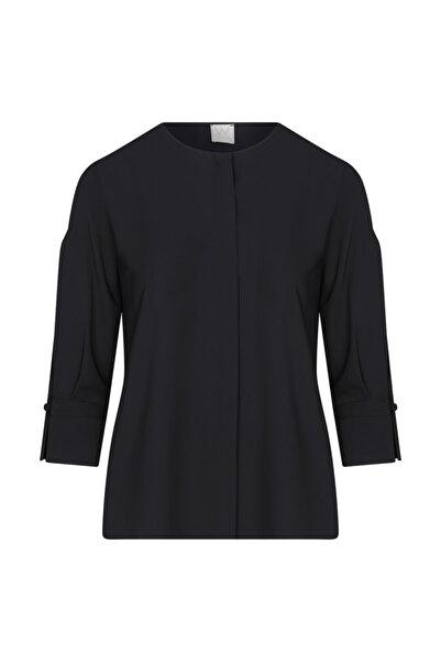 W Collection Kadın Siyah Kolları Yırtmaçlı Bluz