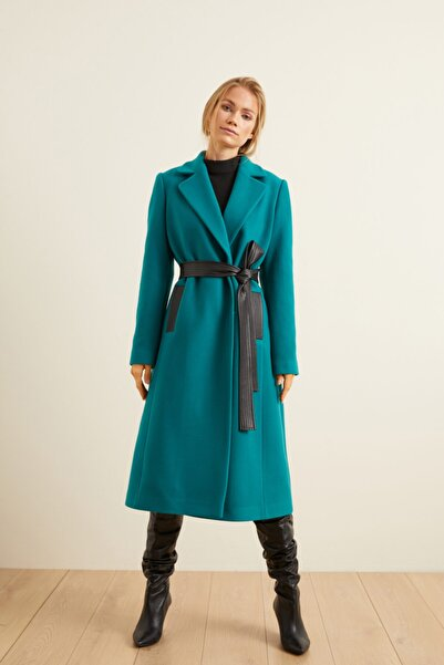 adL Kadın Yeşil Deri Kuşaklı Kaban