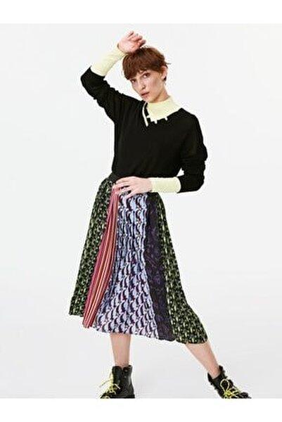 Kadın Siyah Neon Şeritli Eskitme Form Kazak TW6190050027001