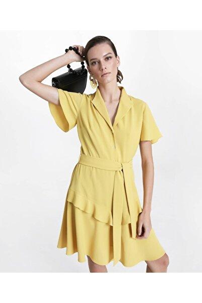 İpekyol Kadın Sarı Fırfır Şeritli Kuşaklı Elbise IS1200002276009