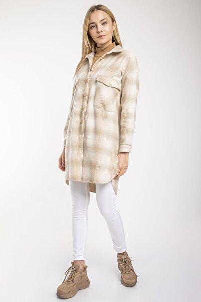 MD trend Kadın Sütlü Kahve Ekose Desenli Cepli Yırtmaçlı Tunik Gömlek