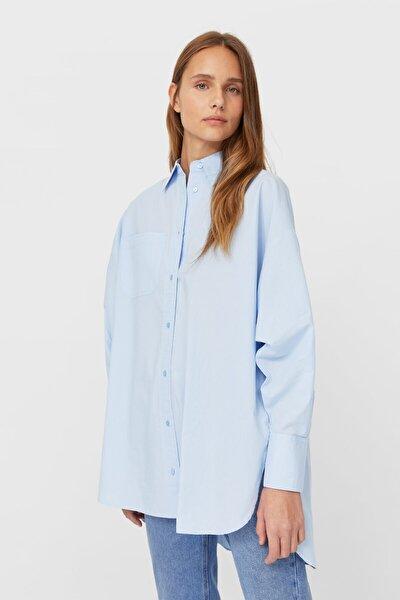 Stradivarius Kadın Açık Mavi Oversize Poplin Gömlek 06181490