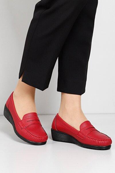 G.Ö.N Kadın Kırmızı Günlük Ayakkabı 31030