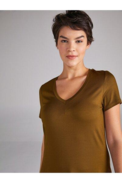 Faik Sönmez Kadın V Yaka Kısa Kol T-shirt 61027