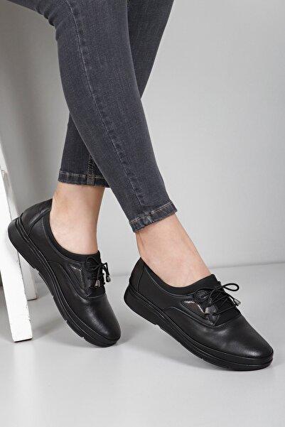 G.Ö.N Kadın Siyah Hakiki Deri Günlük Ayakkabı 45040