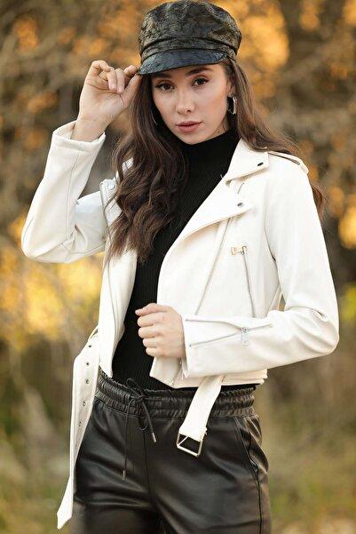 Beyaz Giyim Moda Kadın Ekru Kemerli Fermuarlı Suni Deri Ceket