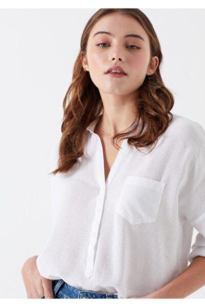 Mavi Kadın Beyaz Cepli Bluz