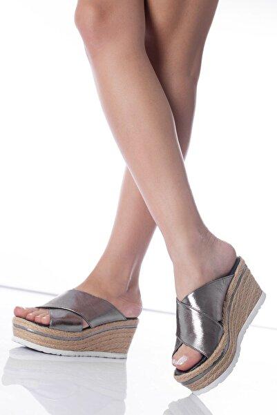 Modagon Kadın Platin Lasalle Dolgu Topuk Deri Terlik