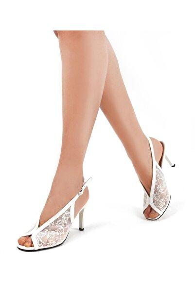 Gökhan Talay Kadın Beyaz Dantel  Klasik Topuklu Ayakkabı