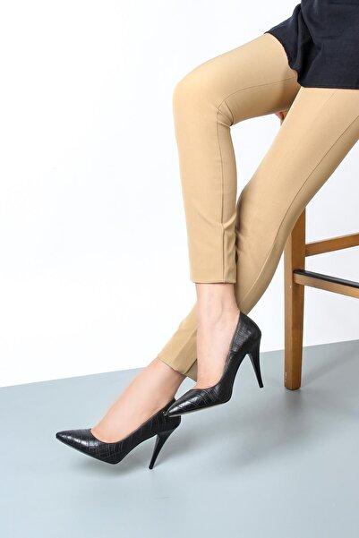Gökhan Talay Kadın Siyah Yüksek Topuklu Kroko Ayakkabı