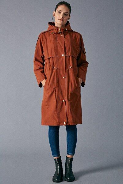 Moda cevriye Kadın Kiremit Cep Detaylı Trençkot