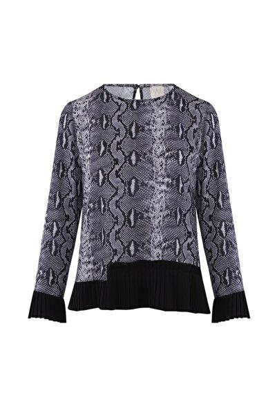 W Collection Kadın Gri Yılan Prınt Baskılı Bluz