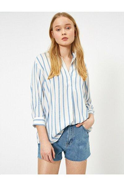 Koton Kadın Mavi Beyaz Çizgili Gömlek