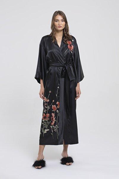 SEVİNÇ ÜRKMEZ Kadın Siyah Uzun Aplikeli Saten Kimono