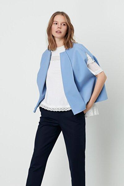 Machka Kadın Mavi Kup Detaylı Yuvarlak Gabardin Mini Pelerin