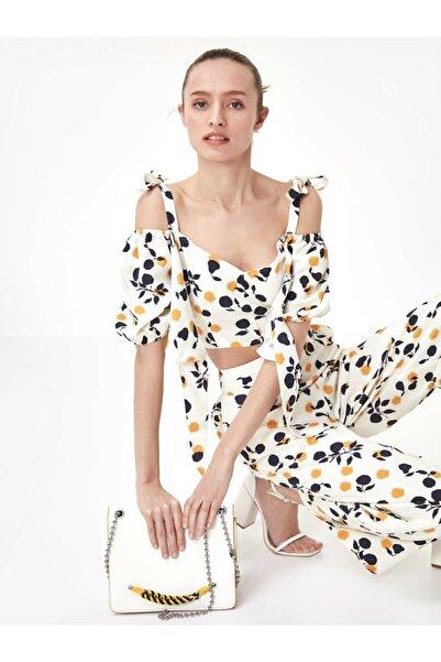 Twist Kadın Ekru Çiçek Desen Crop Bluz TS1200006189082