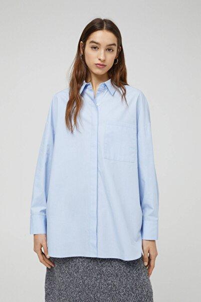 Pull & Bear Kadın Mavi Gömlek