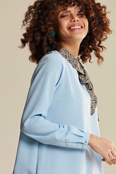 Tuğba Kadın Acık Mavi Leopar Yakalı Bluz U5904