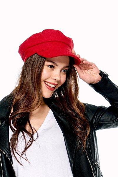 Y-London Kadın Kırmızı Siperli Şapka 12848