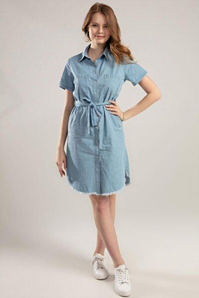 Y-London Kadın Mavi Çıt Çıt Düğmeli Cepli Beli Kuşaklı Katlanabilir Kısa Kol Elbise Y20s110-5641