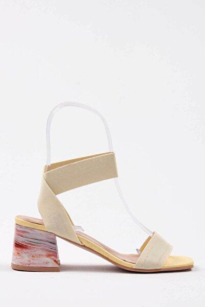 Oioi Kadın Açık Sarı Topuklu Ayakkabı 1003-119-0003_2021