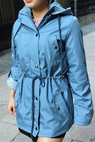 BEEZY BOUTIQUE Kadın Açık Mavi Beli Lastikli Fermuarlı Trençkot