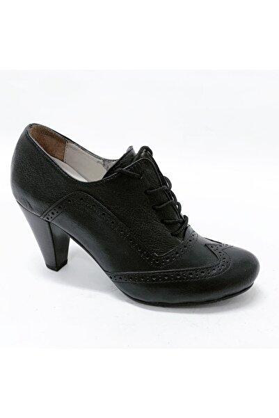stok83 Kadın Siyah Hakiki Deri Ayakkabı