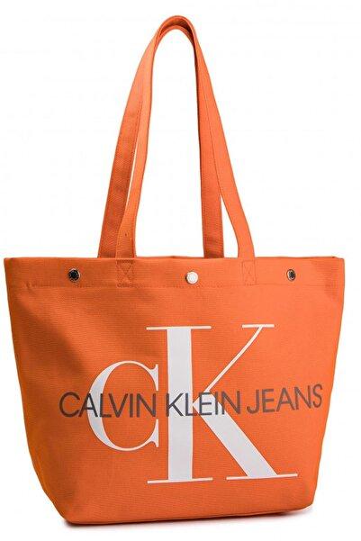 Calvin Klein Kadın Omuz Çantası