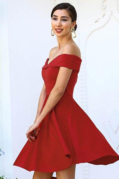Kayık Yaka Kırmızı Kadın Kısa Elbise