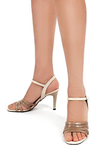 Gökhan Talay Vizon Yılan Detaylı Ten Rengi Kadın Klasik Topuklu Ayakkabı