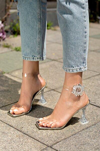 Gümüş Şeffaf Topuklu Kadın Ayakkabı Dubai